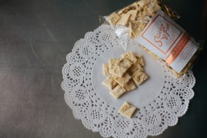 Cheddar n Chives Crackers